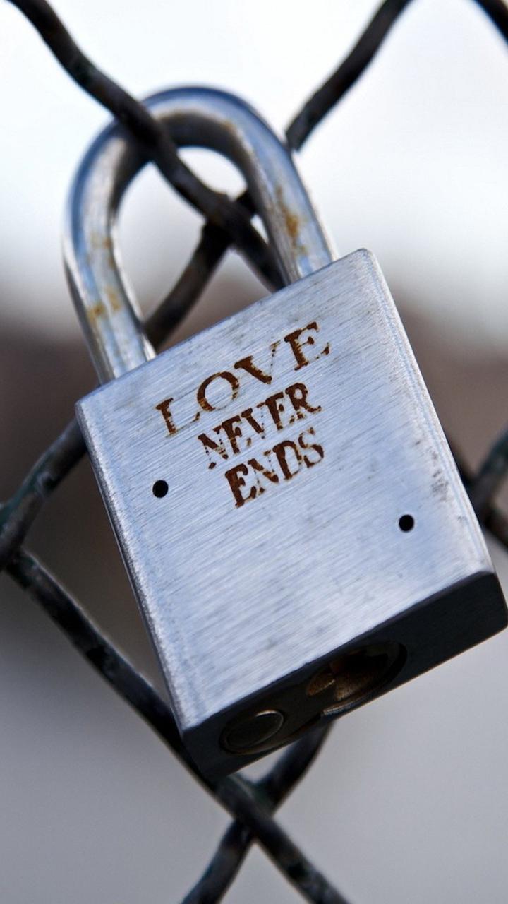 Love_Never_Ends-a744469d-5a07-3a8b-a5db-c5d9a868070b.jpg